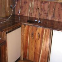 Blackwood kitchen with wooden basin.JPG
